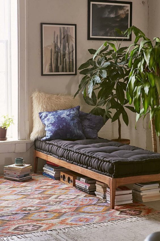 minimalistic-daybed