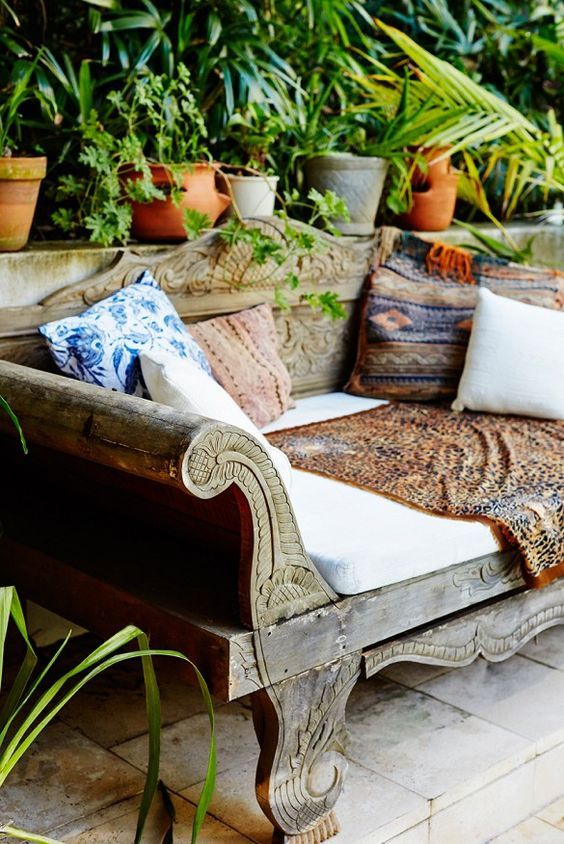wooden-daybed2